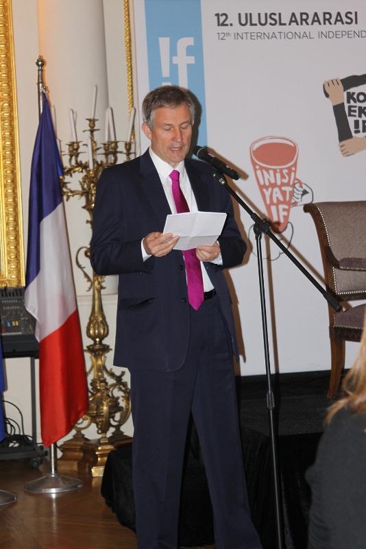 Fransa'nın-Türkiye-Büyükelçisi-Laurent-Bili