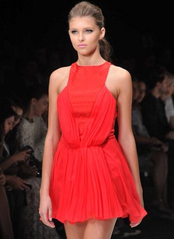 İntikam 4. Bölüm Cemre Elbisesi - Gamze Saraçoğlu Tasarımı