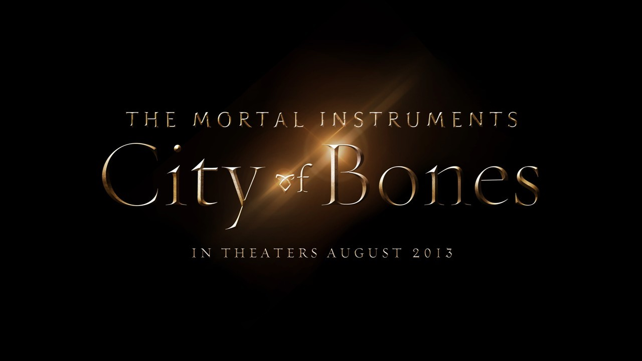 ÖLÜMCÜL OYUNCAKLAR: Kemikler Şehri / THE MORTAL INSTRUMENTS: City of Bones