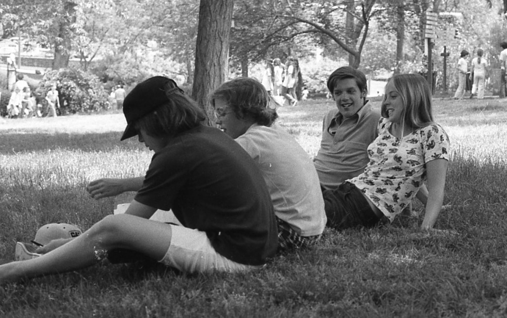 RFH students of the 1970s take some free time outside in the nice weather. Photo/George Day