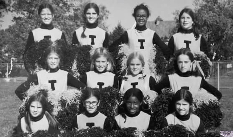 Fair Haven Tigers cheerleaders circa 1973 or '74 Photo/courtesy of Karen Memmot Hooten