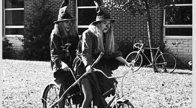 Retro RFH Witchy Women's Ride