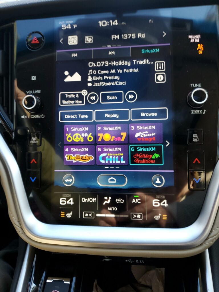 2020 Subaru Legacy has one of the best touch screens EVER!