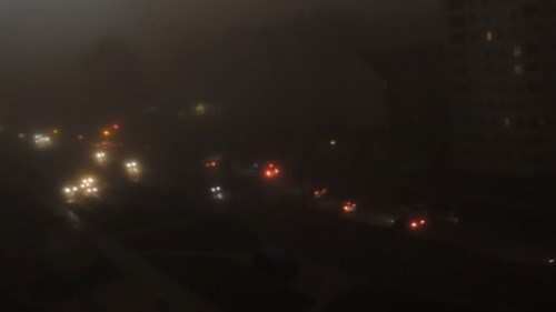 Massive dust storm turns day into night in Belarus City