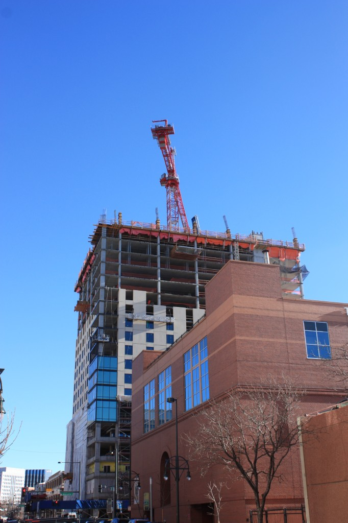 The dual brand Hyatt House/Hyatt Place hotel is now just two floors away from topping off. Denver Urban Review Feb. 2015
