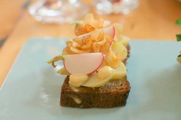 aamans copenhagen - smørrebrød with fresh, boiled potato and smoked mayonnaise, radish and chives