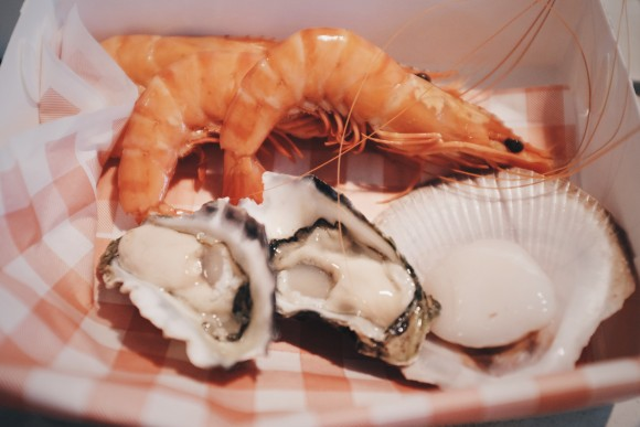 hand picked prawns and oysters