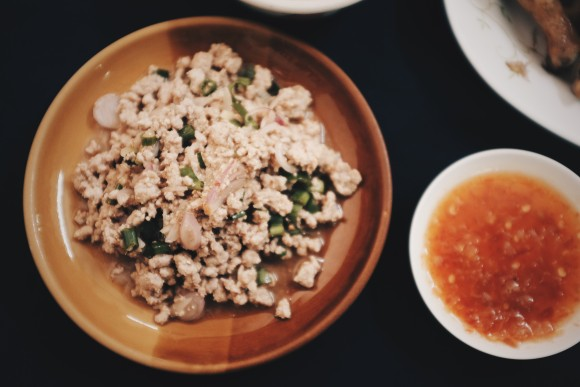minced chicken larb