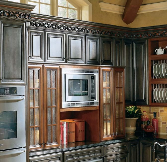 Determining Where To Put The Microwave In Your Kitchen Design