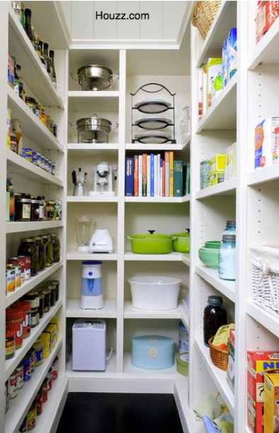 Walk-In Pantry Or Pantry Cabinet – Which To Choose?