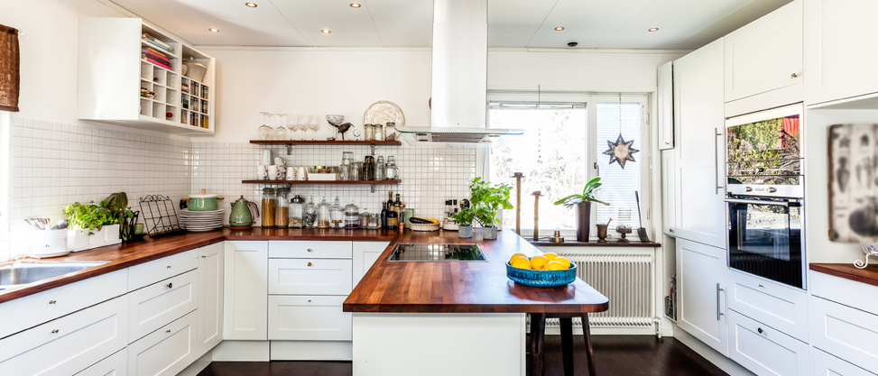 """Capture the Best """"Before and After"""" Pictures of Your Kitchen Remodel"""