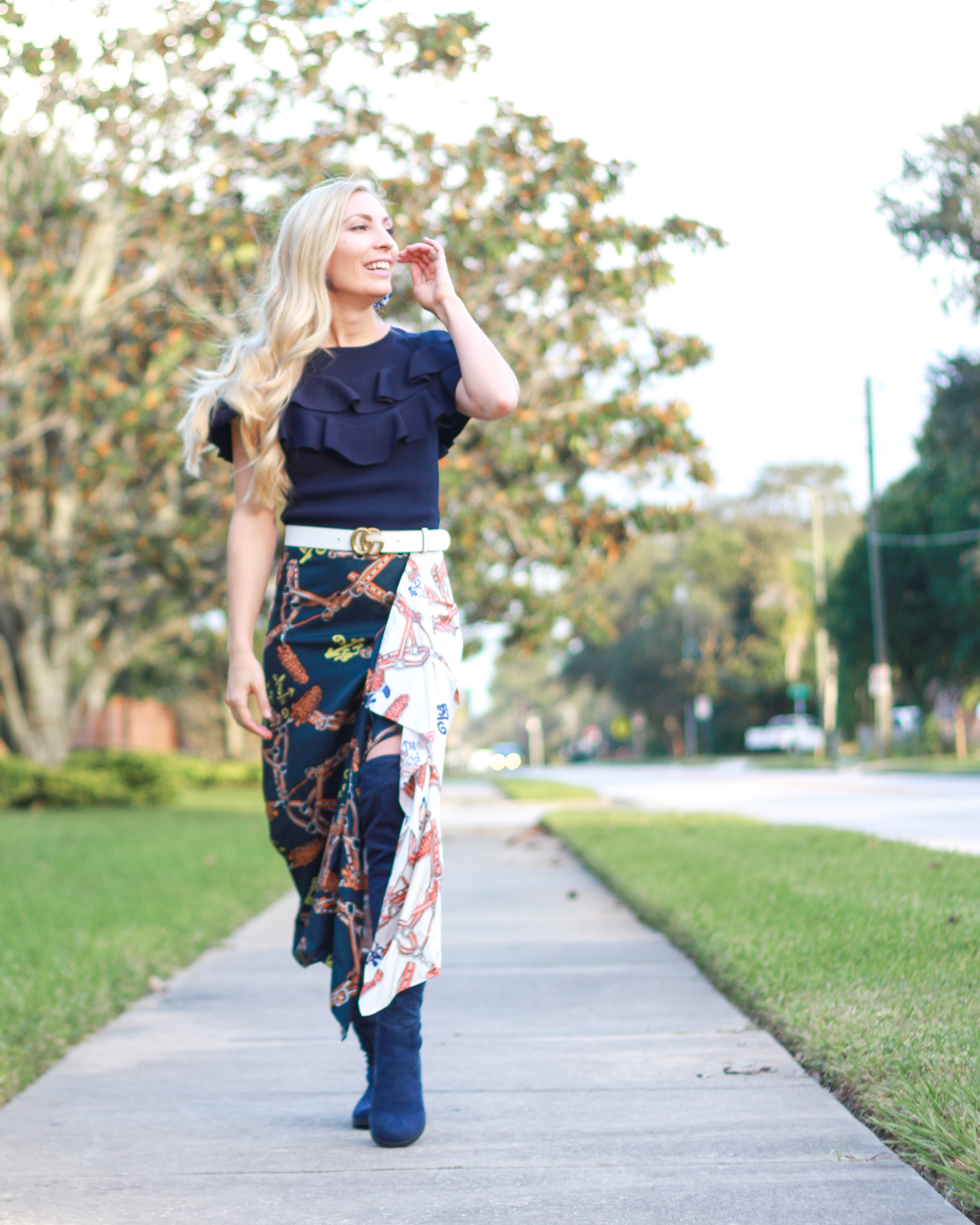 HOW TO WEAR FALL'S SCARF PRINT TREND