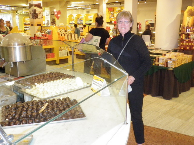 Jane in Chocolate Outlet in Bariloche Known for Chocolate
