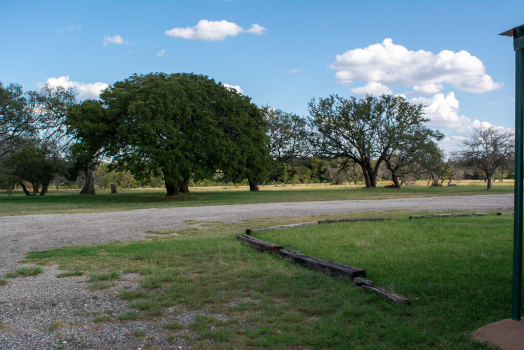 Melody Oaks Front pasture- The perfect hidden wedding venue