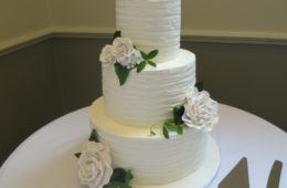 simple yet elegant buttercream wedding cake