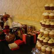 Wedding sweet table cupcakes