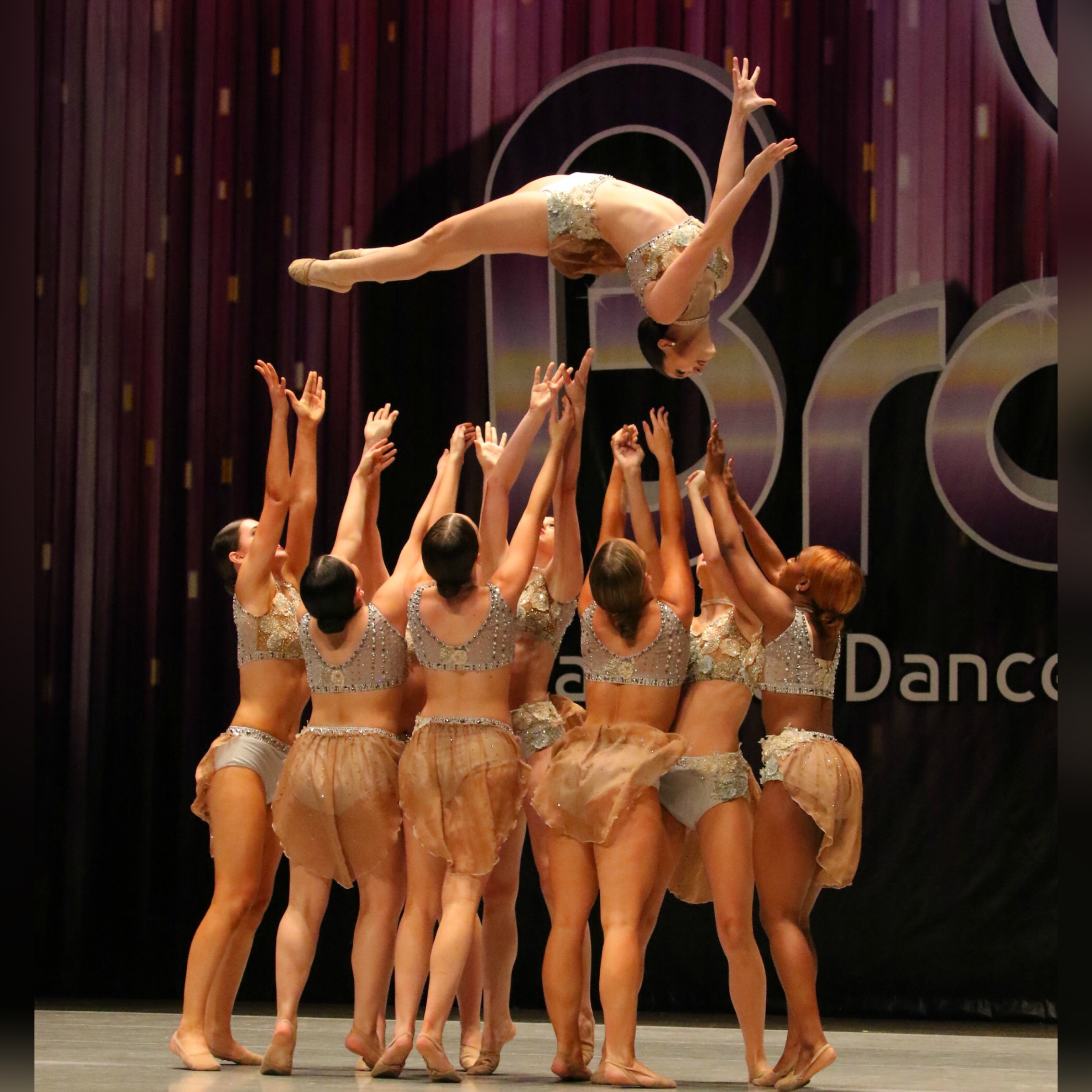 On Stage School of Dance