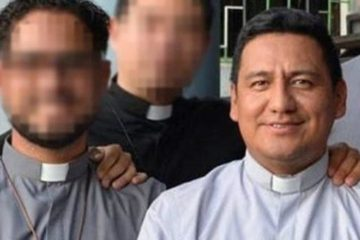 abel_resende_reza_priest_caught_sexting_with_student_remains_clergy_member.jpg