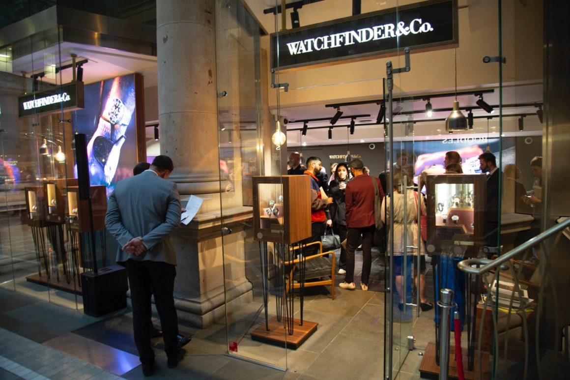 The Watchfinder London flagship boutique - Watches of Switzerland