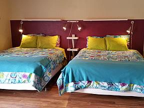 Koko 2 queen beds
