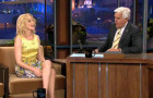 Elizabeth Banks tells Leno about strippers at Tri-Delt