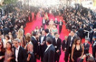 Penn in Cannes: Opening Night Fogs Up 3D Glasses