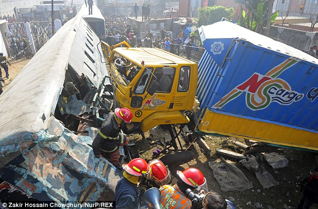 Collision: At least six people died after a lorry crashed into a moving train in Dhaka, Bangladesh