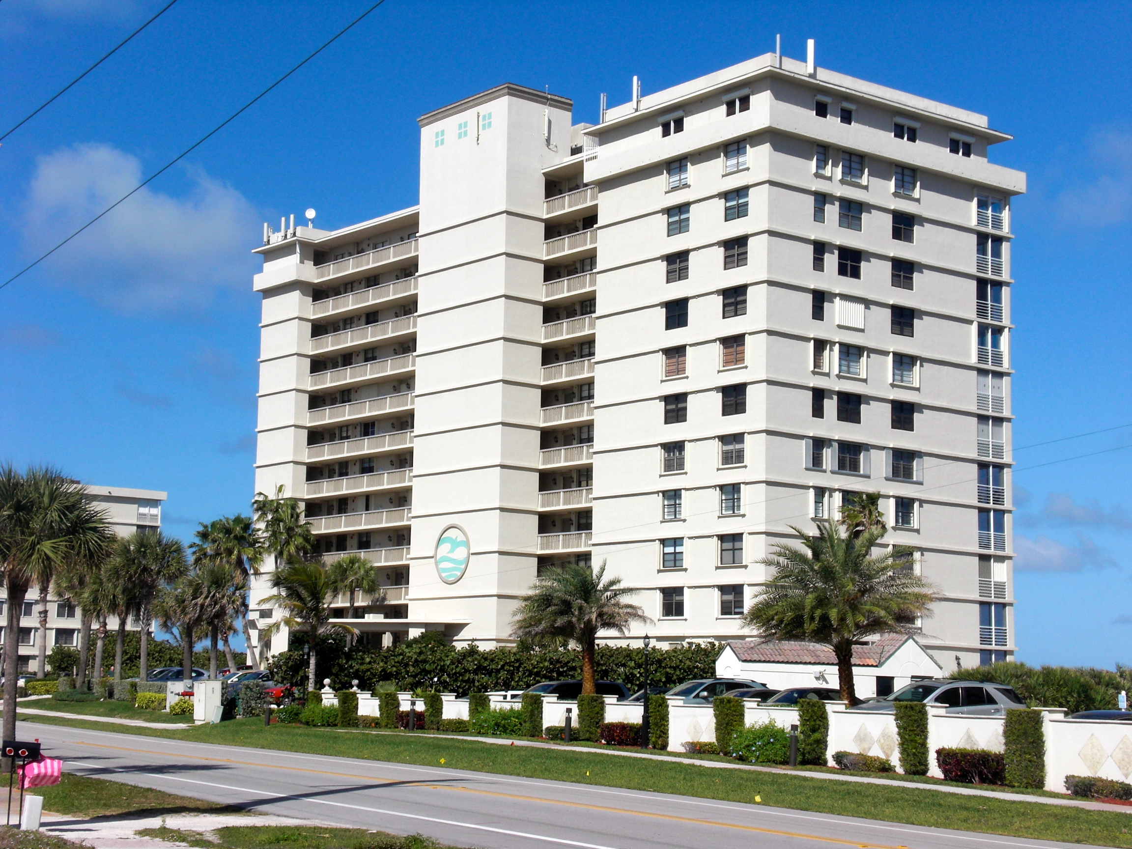 condo building cleaning
