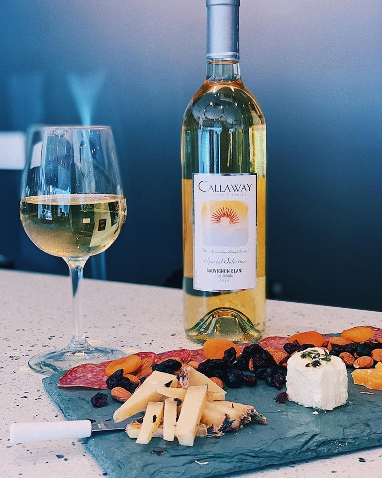 GIVEAWAY! with Callaway Winery.