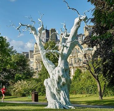 http://secureservercdn.net/198.71.233.129/t4m.5a4.myftpupload.com/wp-content/uploads/2017/08/frieze-sculpture-in-regents-park_ugo-rondinone-summer-moon-frieze-sculpture-2017-photo-by-stephen-white-courtesy-of-stephen-whitefrieze_1424eb9859db62cbe6ee82c12b99fbe4-370x360.jpg