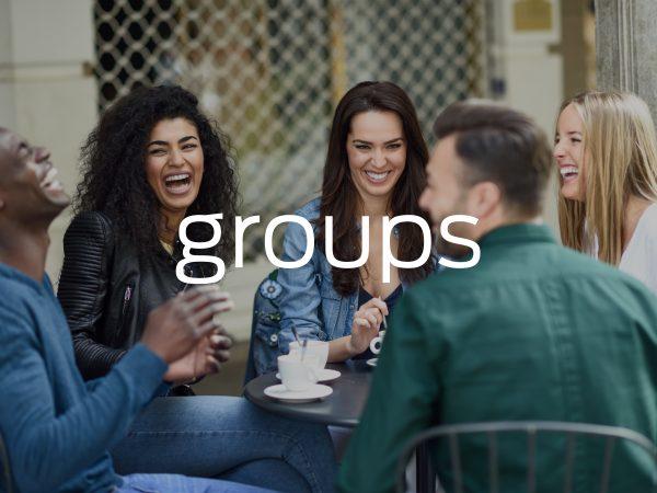 <span>Groups</span><i>→</i>