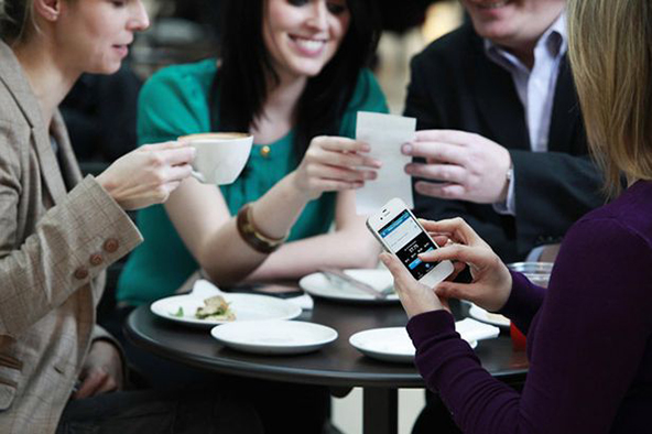 Third of U.S. E-Commerce Shoppers Also Shop from Cell Phones