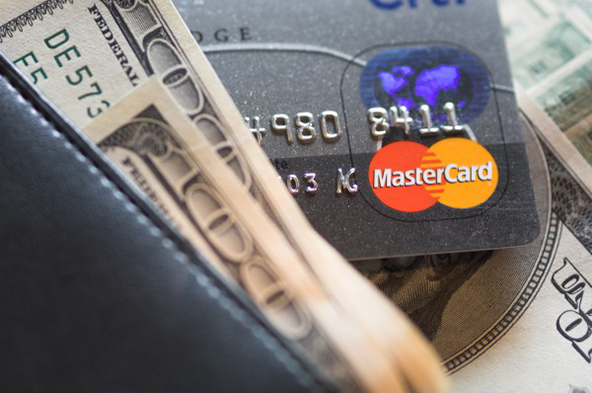 Why Banks Want to Give You Credit Cards after Bankruptcy