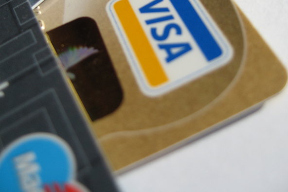 Why Paying Attention Makes It Easier to Get a Merchant Account