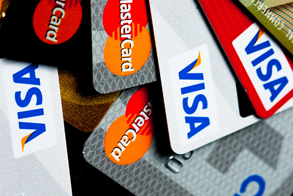 Americans still Sparing with Their Credit Cards