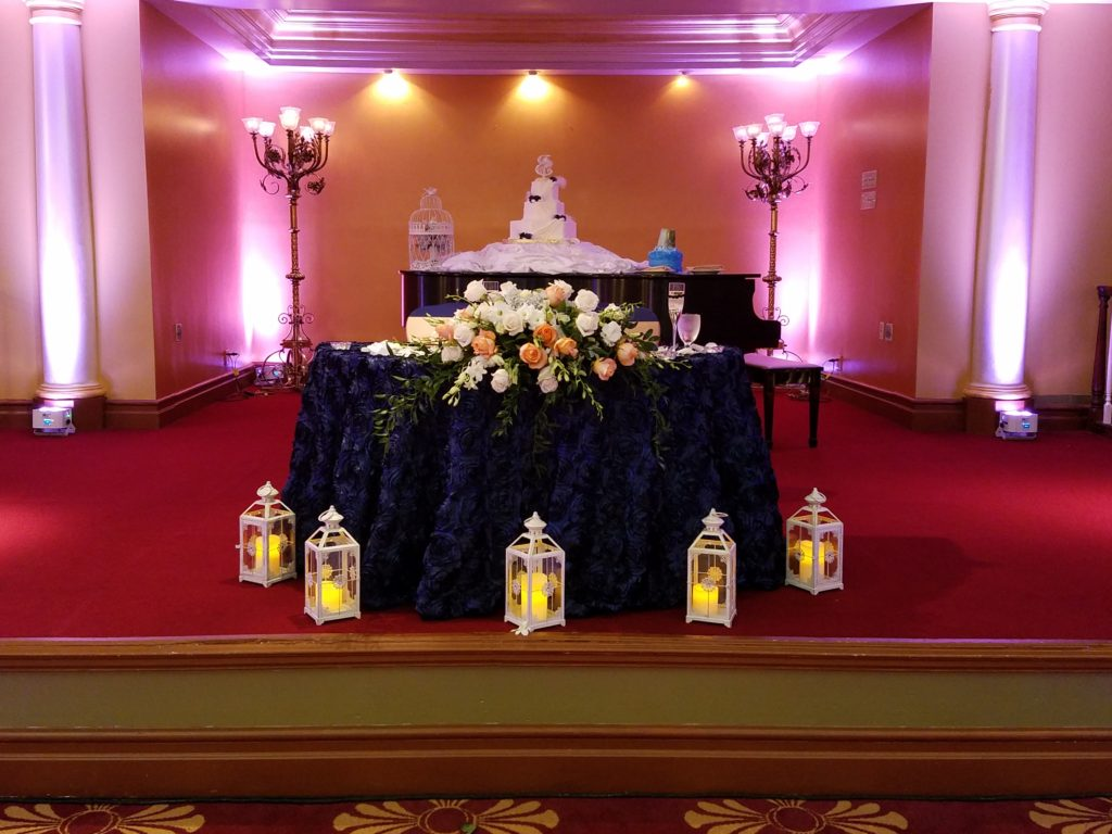 Navy Blue Rosette Sweetheart Tablecloth w/ Gold Satin Sashes