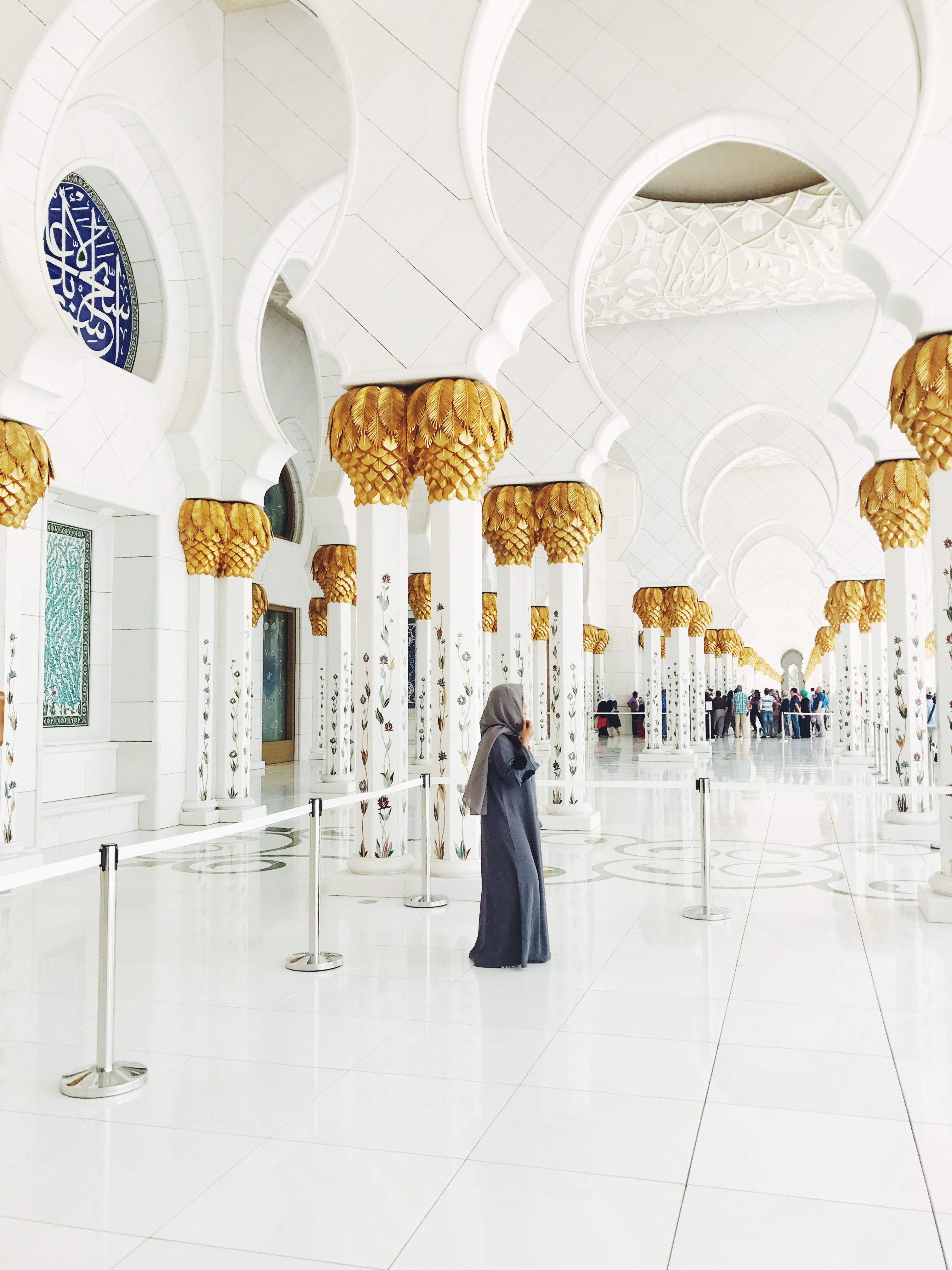 sheikh zayed mosque the travelling mermaid
