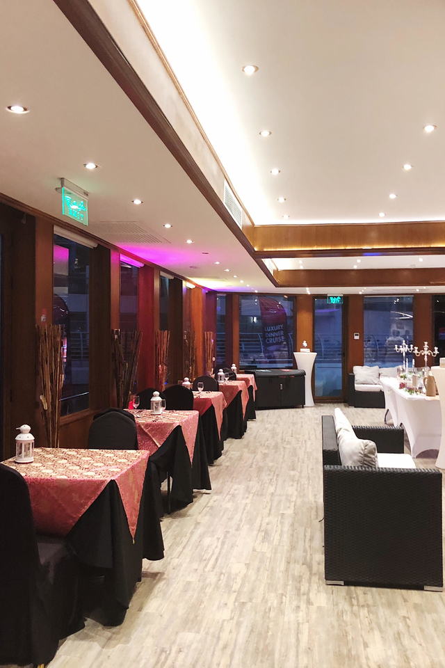 Xclusive Cruise Dinner Dubai Marina Review Blog 04
