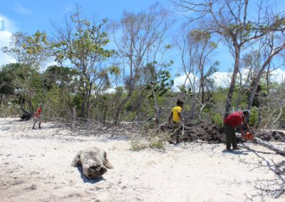 blog-punta-rucia-beach-cleaning_04