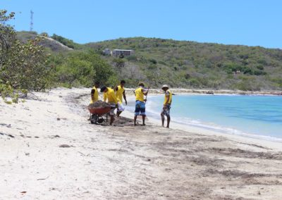 blog-punta-rucia-beach-cleaning_05