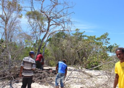 blog-punta-rucia-beach-cleaning_07