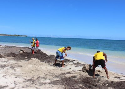 blog-punta-rucia-beach-cleaning_21