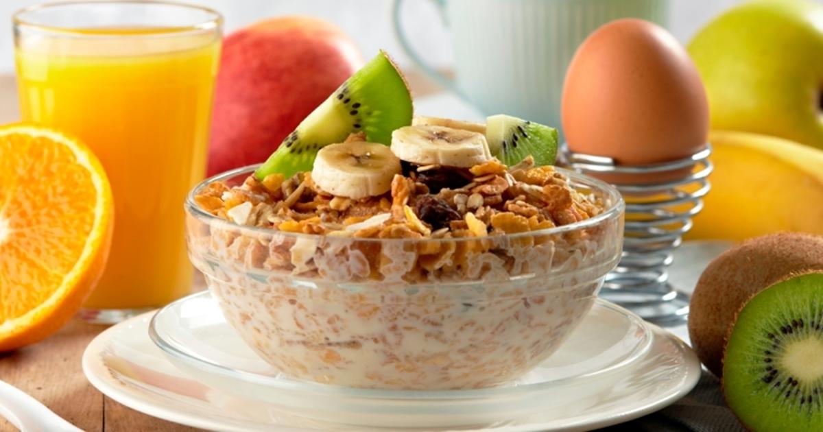 Desayunos para bajar de peso saludablemente