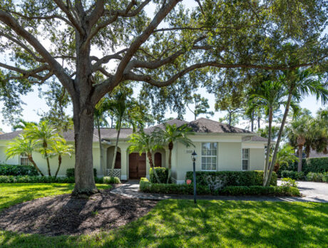 Indian River Club courtyard home has much to offer