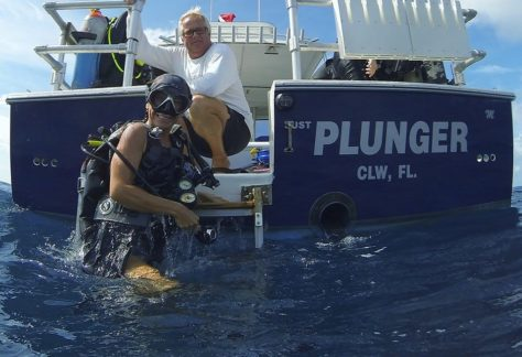 dive clearwater scuba with plunger