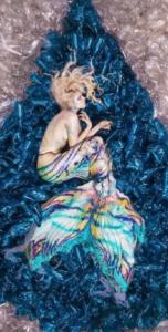 Benjamin Von Wong - Sirena che nuota nella plastica