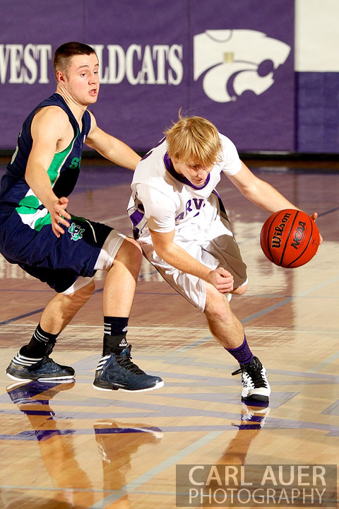 January 9th, 2013:  The Standley Lake Gator defense had a hard time with the offense by Arvada West on Wednesday night.