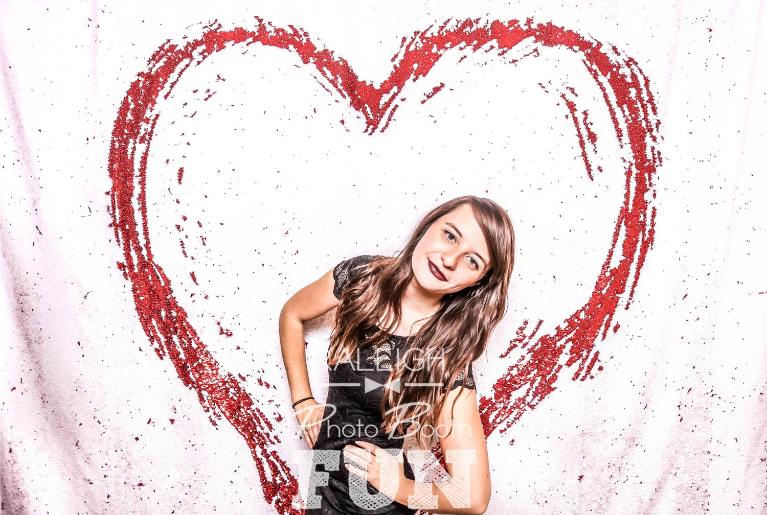 White-Red-Sequin-Raleigh-Photo-Booth-3