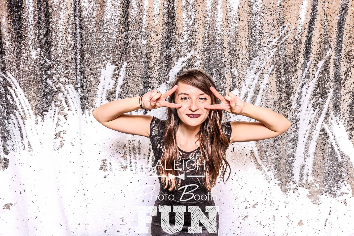 White-Silver-Sequin-Raleigh-Photo-Booth-3