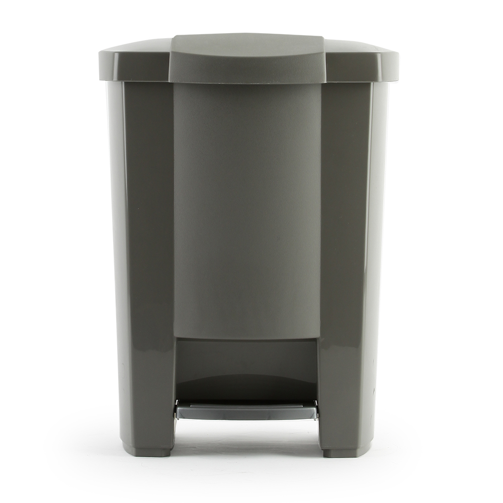 Mistral step trash cans